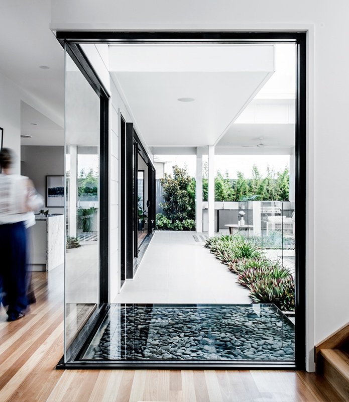 Architectural glass entrance - Kalka - Custom and Luxury Home Builders Brisbane