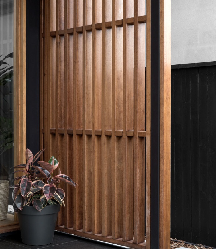 Kalka Wooloowin display home entrance timber