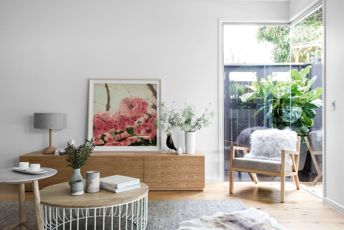 Kalka Display Home in Wooloowin. Artwork by Contemporary Editions, photography by Cathy Schusler.